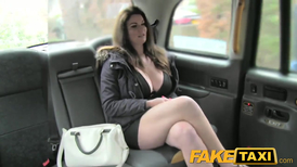 Cabbie delivers big-breasted woman to top of pleasure